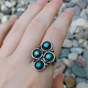 Jewelry - Vintage Navajo turquoise silver ring